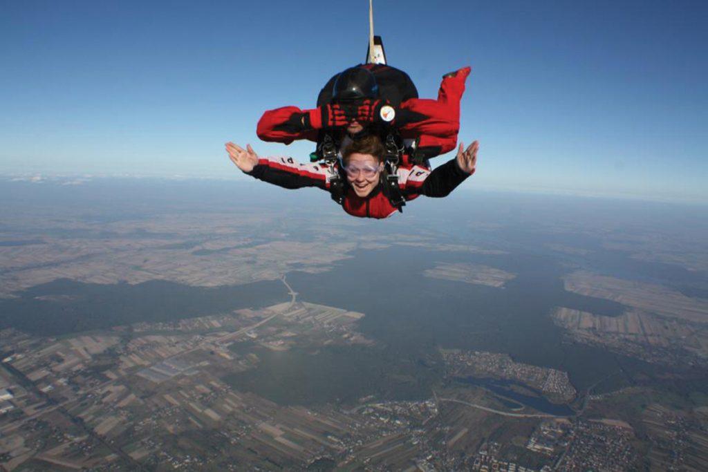 sky-diving-2
