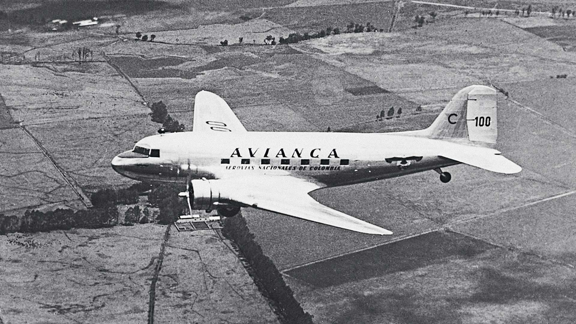 First international flights of SCADTA