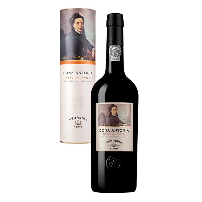 Bottle of Dona Maria Reserva
