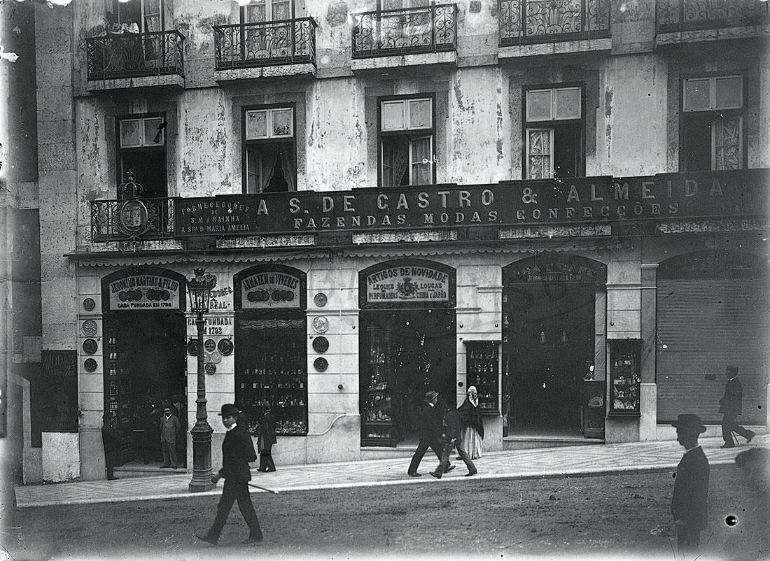 Old portrait of Castro & Almeida store