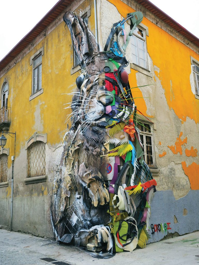 "Half Rabbit became alive at Gaia ""Todo Um Mundo"" festival in Vila Nova de Gaia city."