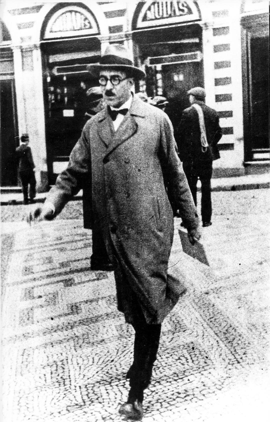 Fernando Pessoa in downtown Lisbon.
